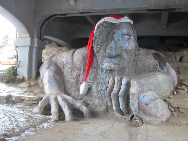 troll-snow