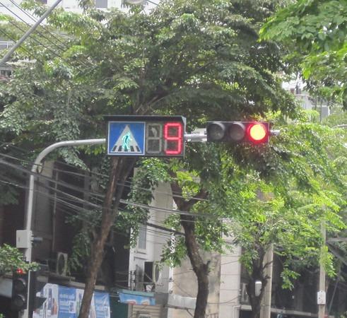 bangkok-traffic-light