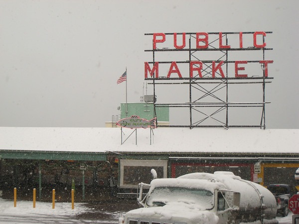 pike-market-winter