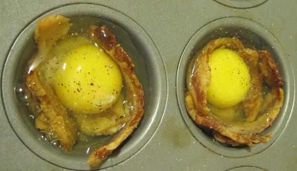 eggs-cupcake-tray