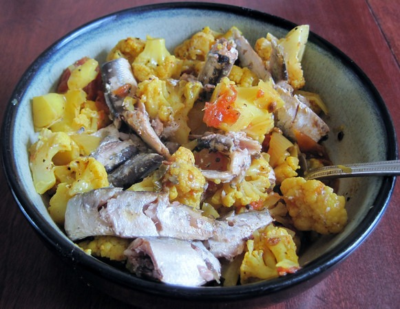 spicy-cauliflower-with-sardine